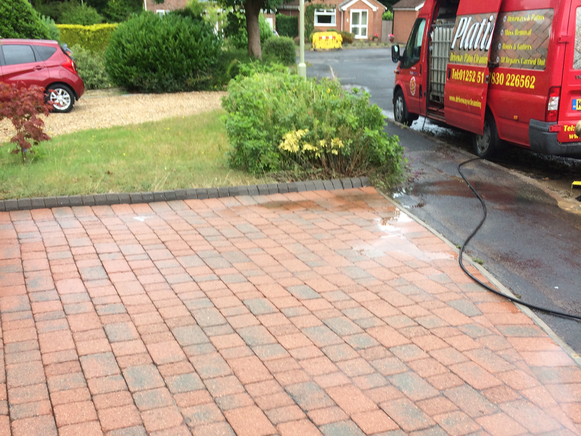 Driveway & Patio cleaning Berkshire