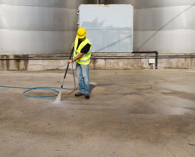 commercial driveway cleaning Hampshire Surrey and Berkshire